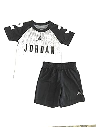 7282cfedd6700c Image Unavailable. Image not available for. Color  Jordan Toddler Boys  2-Piece Tee Shirt and Shorts ...