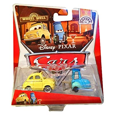 Disney/Pixar Cars Wheel Well Motel Luigi & Guido with Shaker Glasses 1:55 Scale: Toys & Games