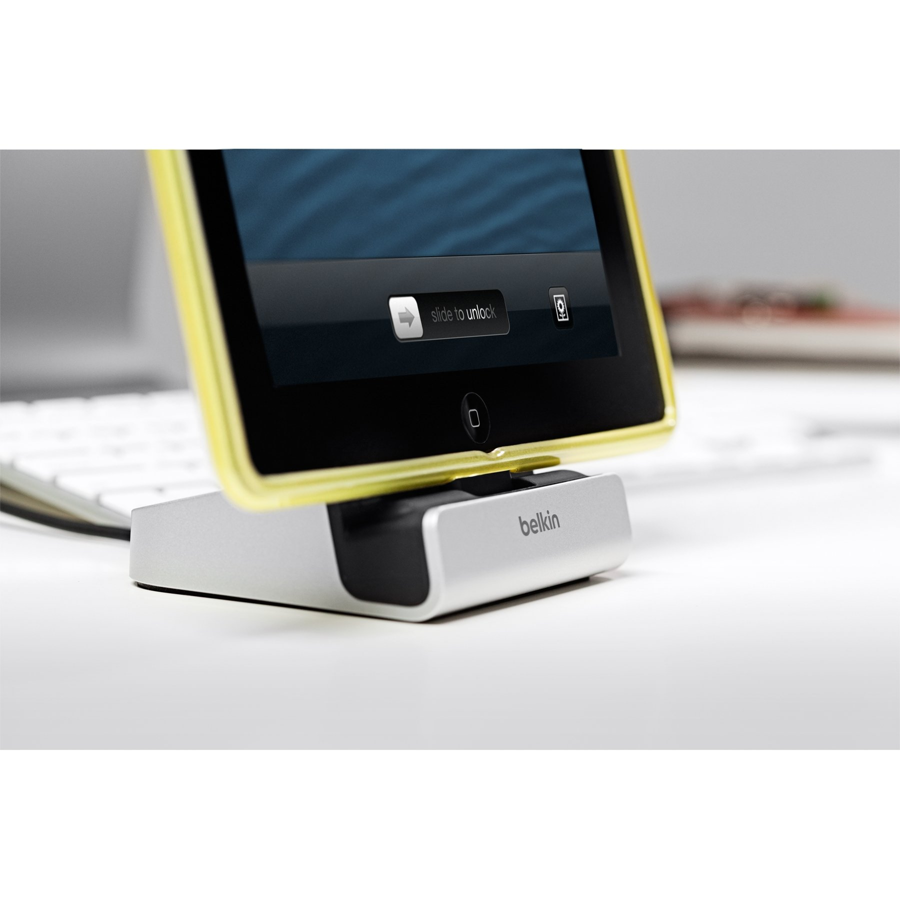 Belkin ChargeSync Lightning Express Dock with 4-Foot Charging Cable by Belkin (Image #8)