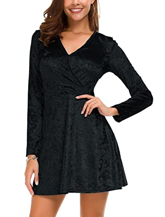579ec750e0 DGMYG Women s Elegant Long Sleeve V-Neck Velvet Flared A line Party Mini Dress  S