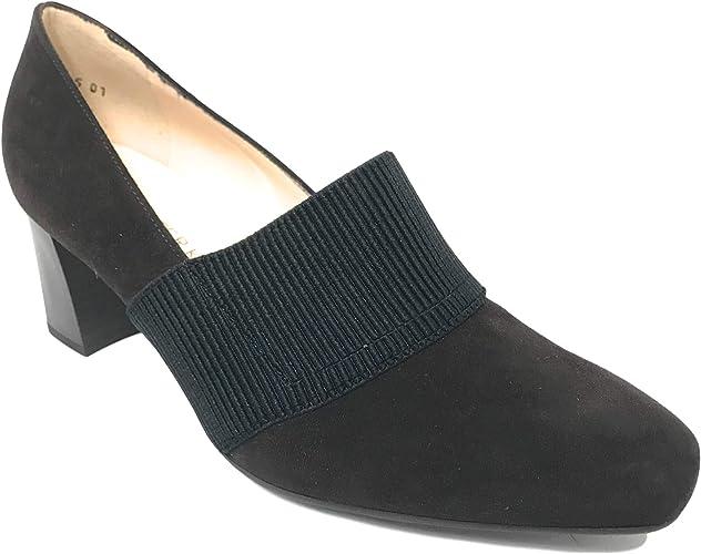 designer pointed heels