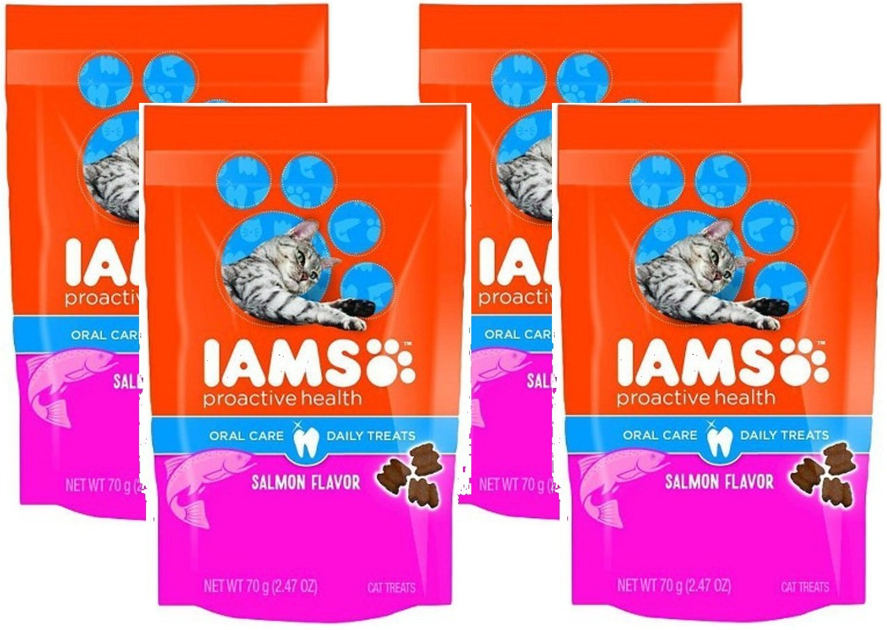 IAMS Proactive Health Oral Care Salmon Flavor Daily Treats for Cats, 2.47 Oz (Pack of 4)