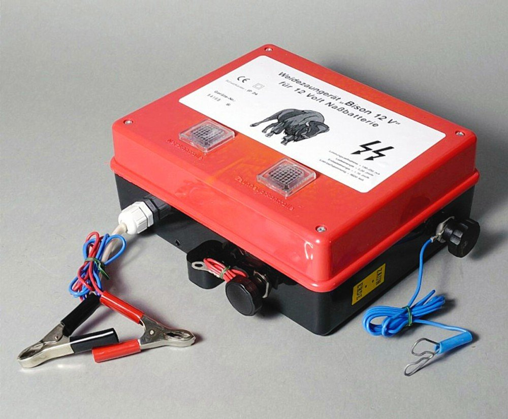 Weidezaungerät BISON 12Volt Batteriegerät mit Erdstab Weidezaun Rot