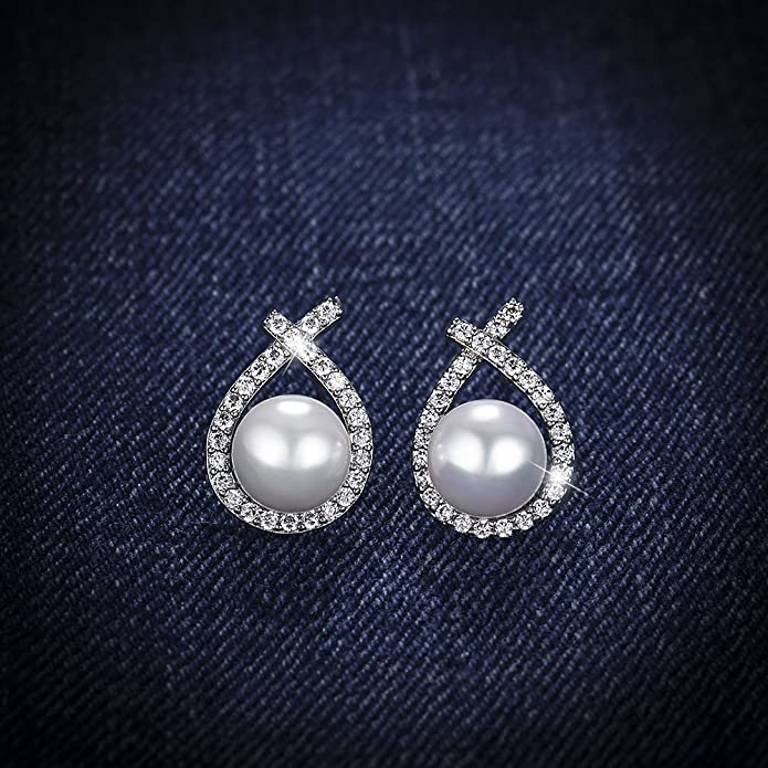 """Pearl earrings, Love&Clover """"Only You"""