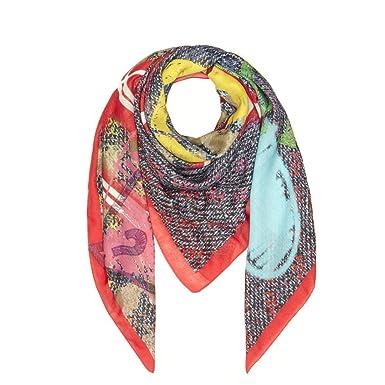 d1f39a0d2967 Guess Echarpe Femme Keffieh Rouge Multicolore  Amazon.fr  Vêtements ...