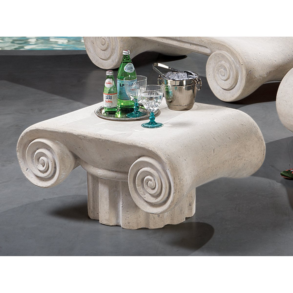 Ancient Roman Spa Furniture White Cocktail Table