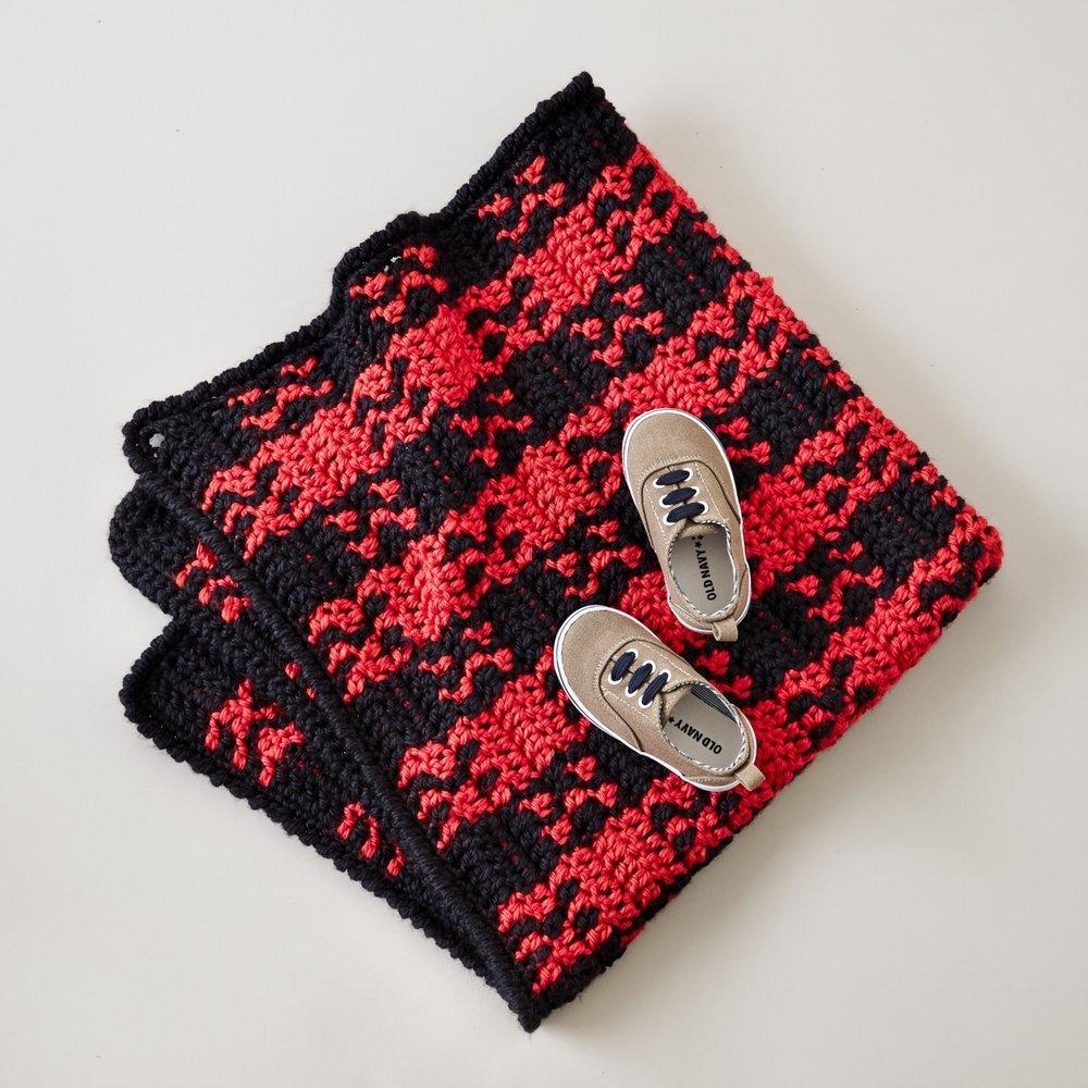 3 Piece Bernat Softee Chunky Yarn 3 Ball Pack Dark Mauve