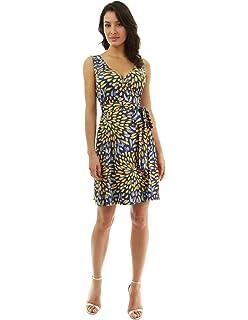 2edb1ae5be PattyBoutik Women V Neck Pleated Midi Knit Dress at Amazon Women s ...