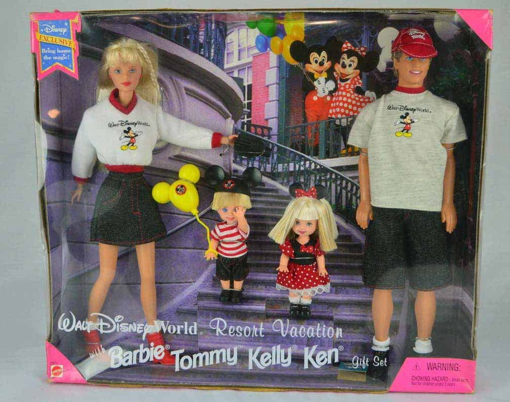 Adventures with Lil Friends of Kelly Doll Case Barbie KELLY DOLL CASE Holds 6