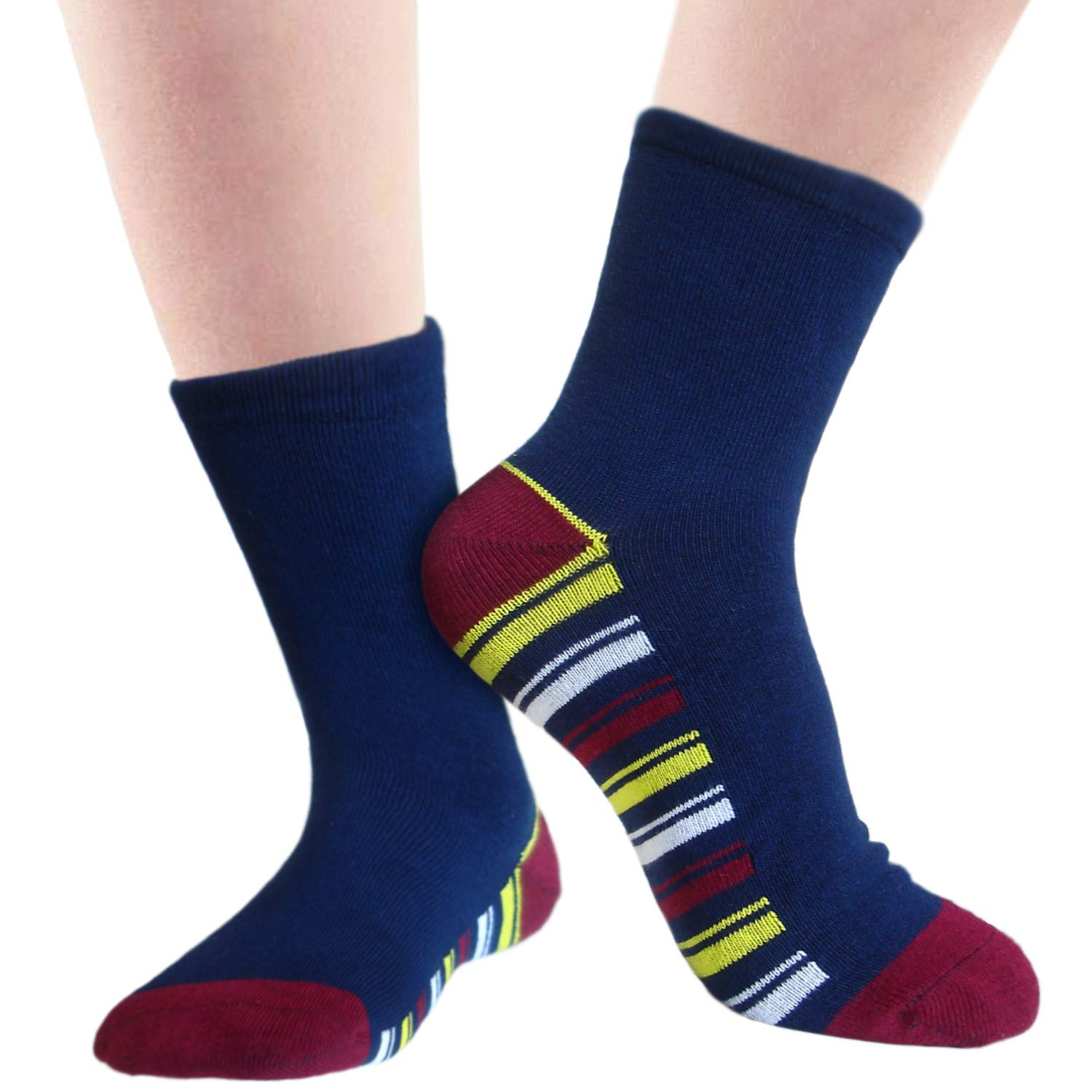 Boys bamboo school socks with flat toe seam for extra comfort