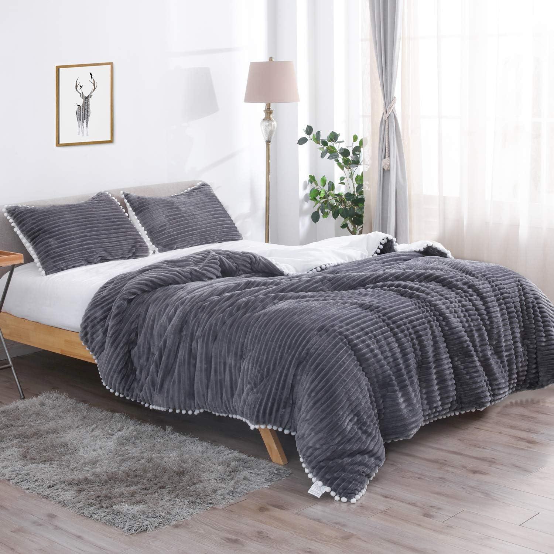 Paisley Grace Down Alternative 3-piece Ultra Plush Reversible Comforter Set