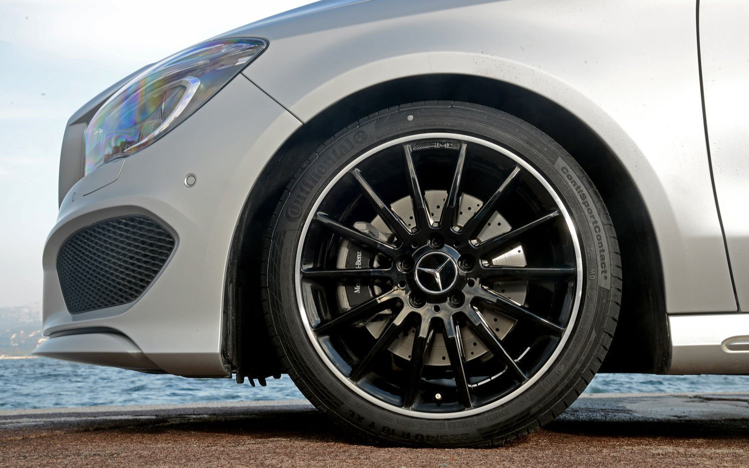 4 x Exclusive Limited Edition compatibile con AMG Midnight Black Mercedes centro ruota tappi 75 mm a B C D S SLK A45 AMG