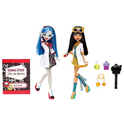 Monster High Mad Science Cleo De Nile & Ghoulia Yelps 2-Pack: Toys & Games