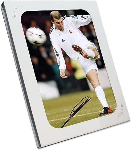 Zinedine Zidane del Real Madrid firmada Foto: final de la Champions voleo. En la caja de regalo: Amazon.es: Deportes y aire libre