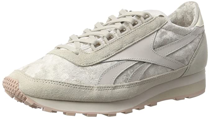 d434145886989 Reebok Women s Aztec Og Low-Top Sneakers  Amazon.co.uk  Shoes   Bags