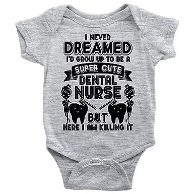 Amazon.com: Bonita camiseta de enfermera dental, con texto ...