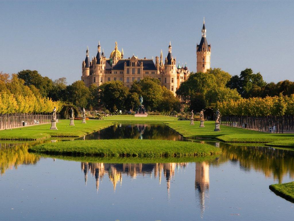 Lais Lais Lais Puzzle Schloss von Schwerin 2000 Teile 4903b1