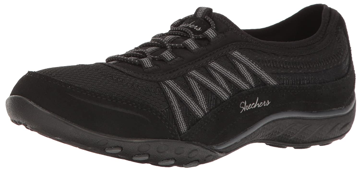 Skechers Women's Breathe Easy Point Taken Sneaker B07485ZST1 7 W US|Black