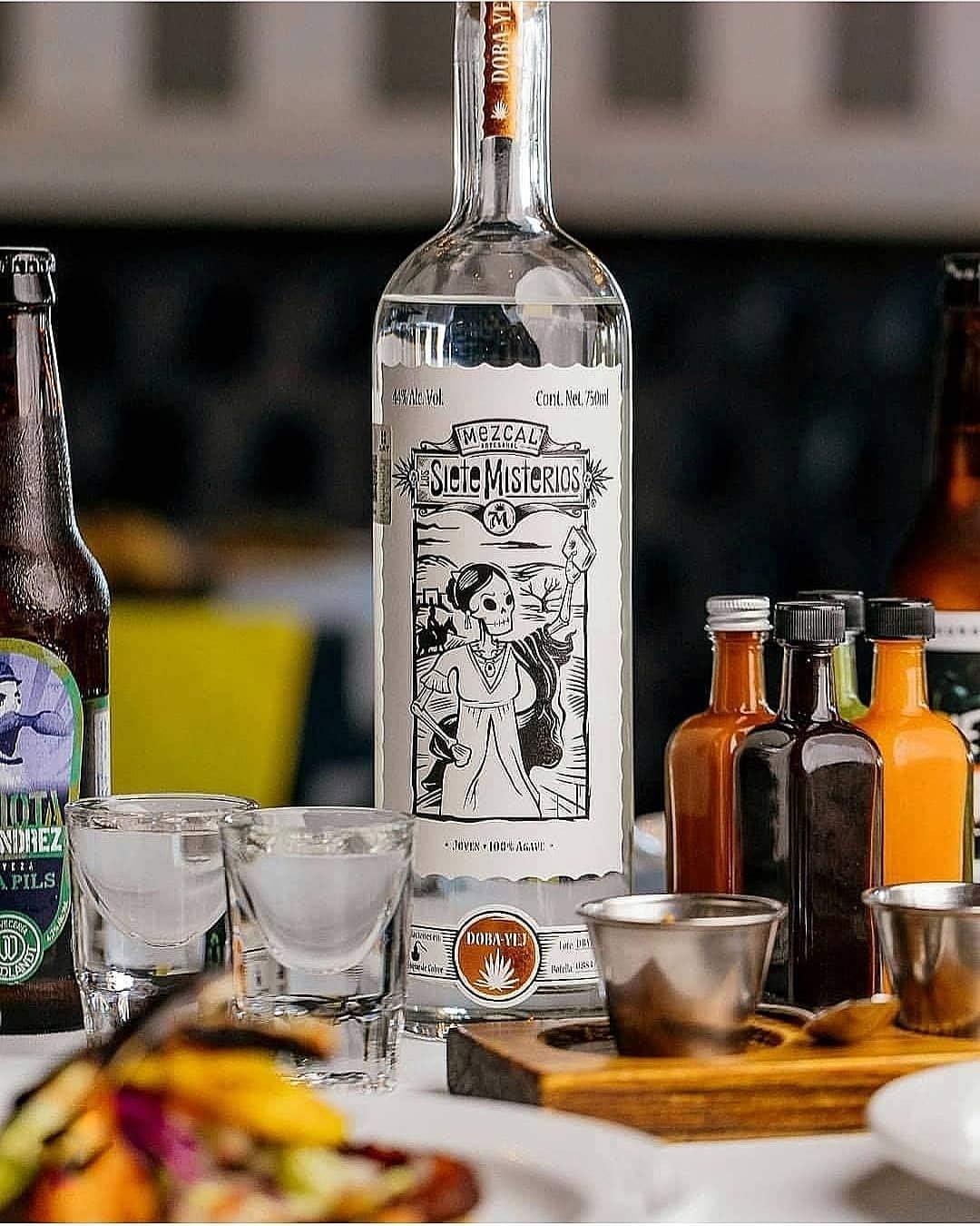 Siete Misterios Mezcal Doba Yej, 700 ml, Pack de 1: Amazon.es: Alimentación y bebidas