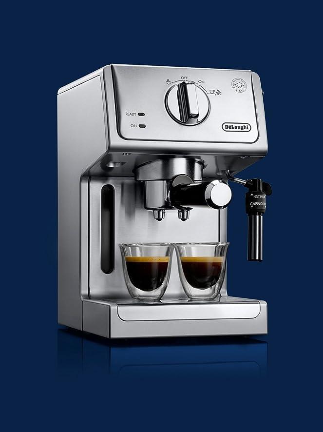 Amazon.com: De'Longhi ECP3630 15 Bar Pump Espresso and Cappuccino ...