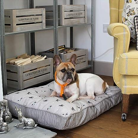 Lords & Labradors Cama de Lujo con Cojín para Perro con Forro Impermeable – Disponible en