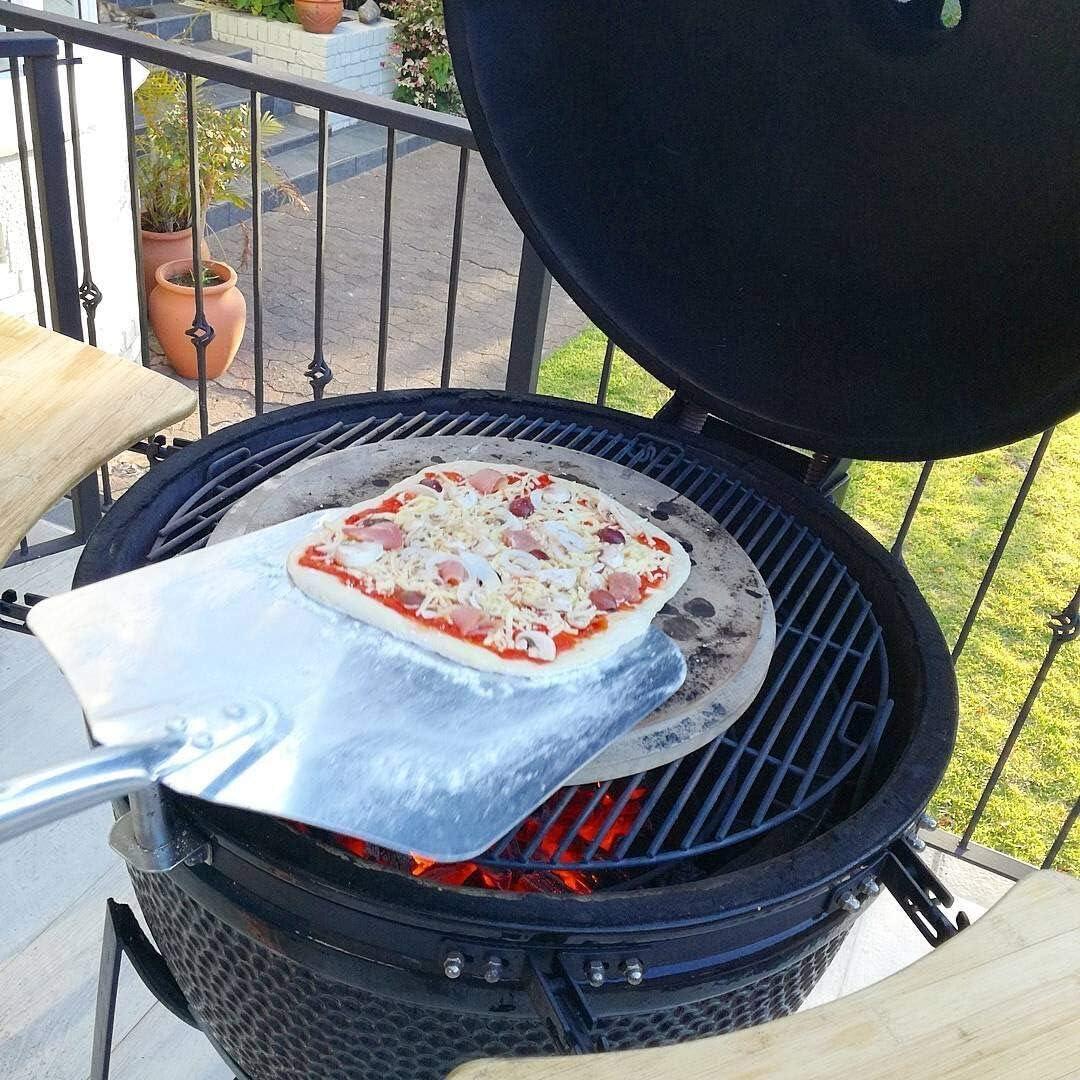 YNI KAMADO TQPSA - Paleta de Pizza Universal (Mango Corto, 67 cm, Accesorio para Barbacoa, Horno y Parrilla)