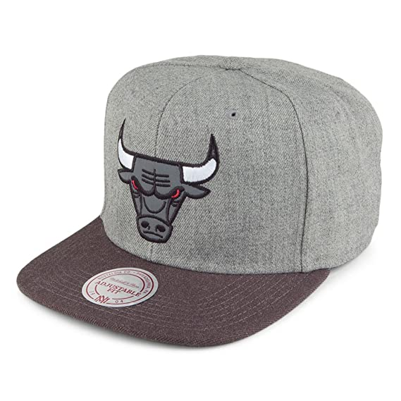 e0a22d5f7f4 Mitchell   Ness Chicago Bulls Snapback Cap - Heather Reflective -  Grey-Charcoal Adjustable