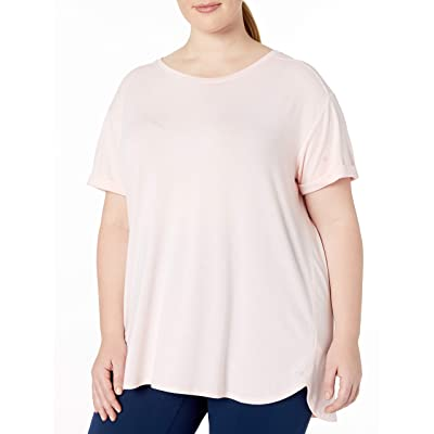Essentials Women's Plus Size Studio Relaxed-fit Lightweight Crewneck T-Shirt: Clothing