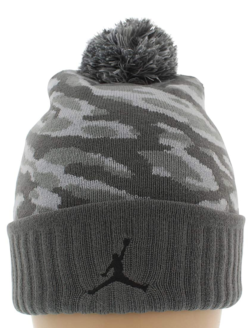 28f0f5bcf Amazon.com: Jordan Camo Pom Beanie Hat - 686937 021: Clothing