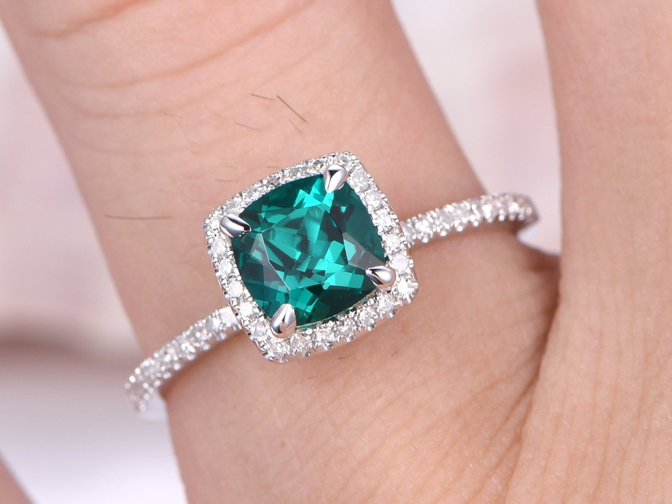 Amazon.com: Solid 14k White Gold 6x6mm Cushion Cut Green Emerald ...