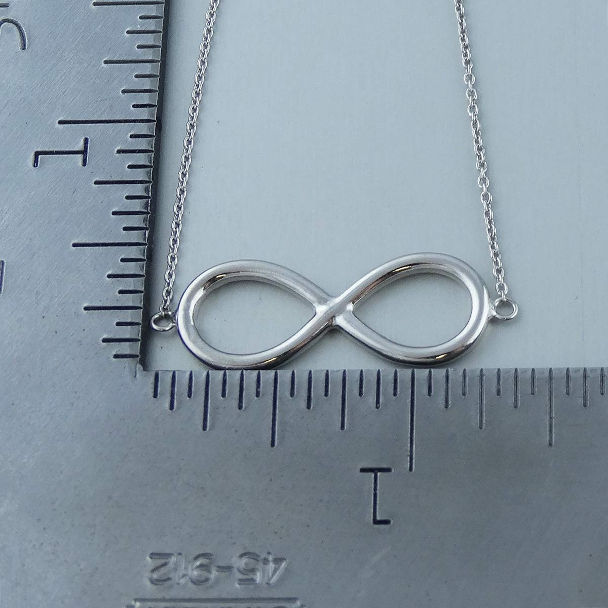 FashionJunkie4Life 8 Sterling Silver Infinity Sign Chain Link Bracelet w//Lobster Clasp