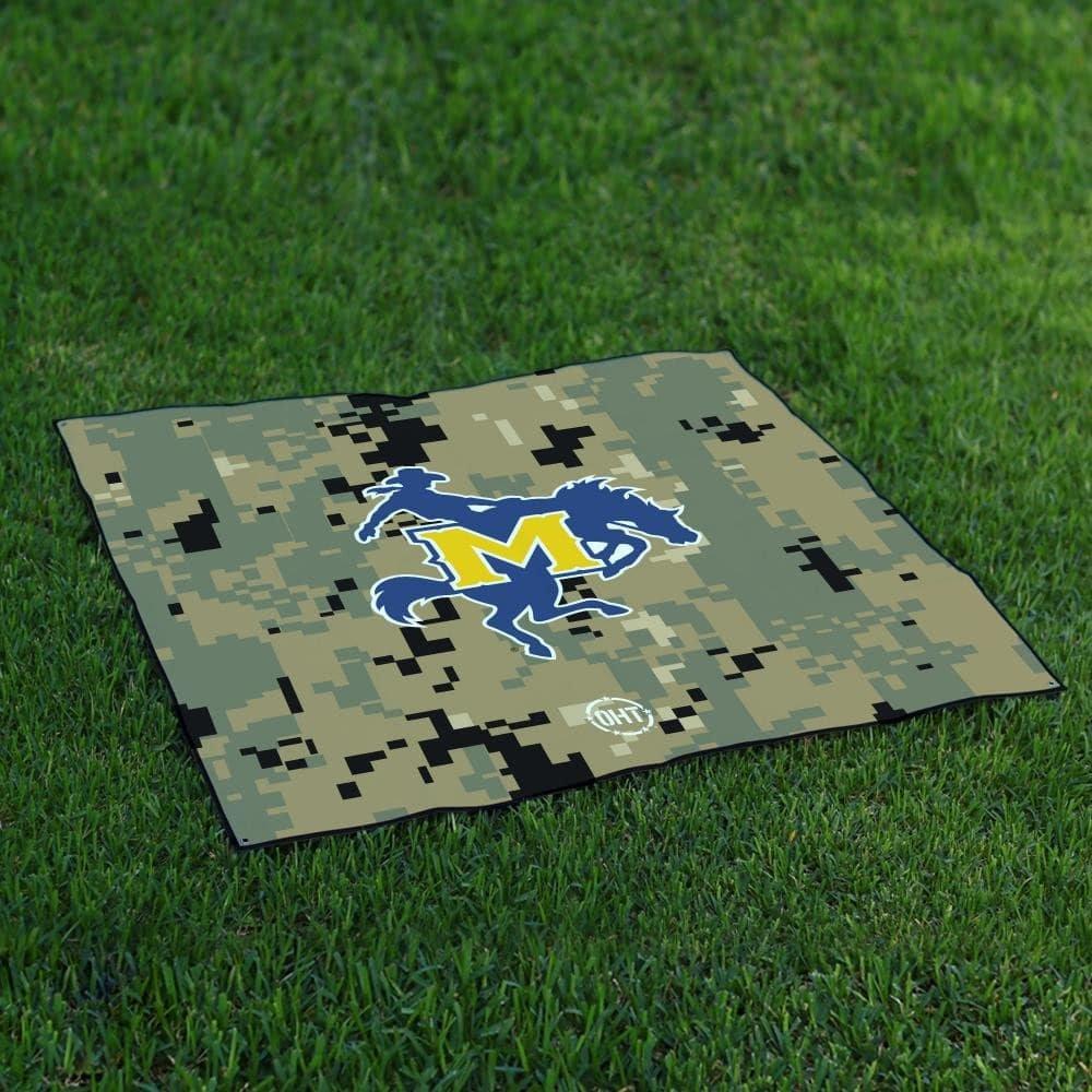 McNeese State CowboysテールゲートBlanket操作Hat Trick Oht Camo B072F8GFG1