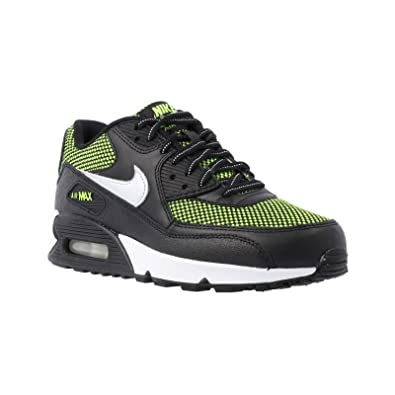 Nike Air Max 90 LE Black Kids Trainers Size 13 UK  Amazon.co.uk  Shoes    Bags 5352a2a98615