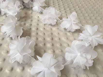 Bordino di petali di fiori con foglie in chiffon per abito da sposa ... 2b905ef2bb7