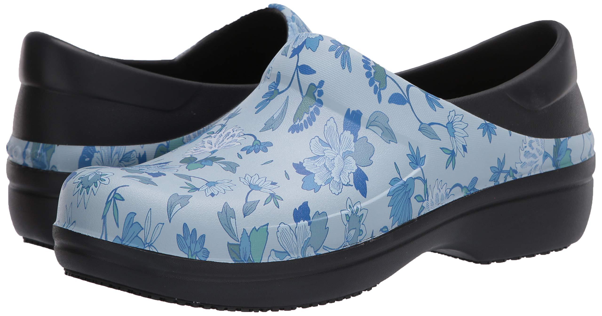Crocs Women's Neria Pro Ii Clog  Slip-Resistant Work and Nursing Shoe