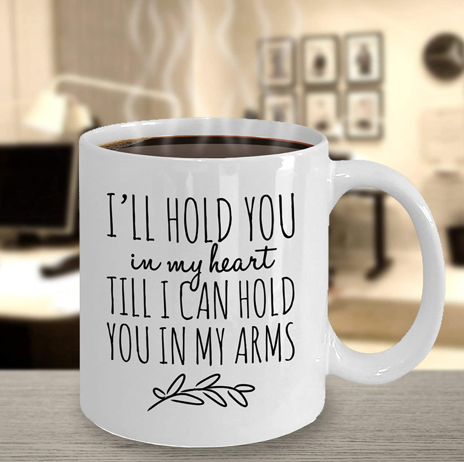 Amazon Com Ill Hold You In My Heart Mug Deployment Gift Military Support Deployment Gift For Husband Deployment Gift For Wife Army Wife Deployed Kitchen Dining