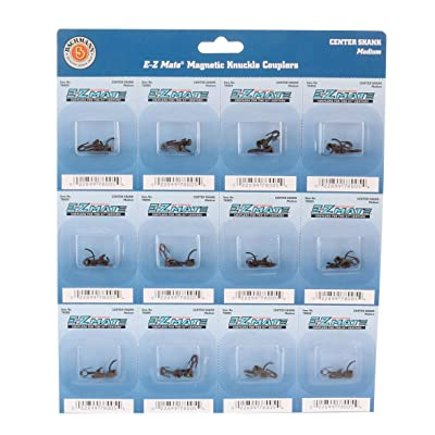 Bachmann Trains - E-Z MATE COUPLERS - CENTER SHANK - MEDIUM (12 pair/card) - HO Scale: Toys & Games
