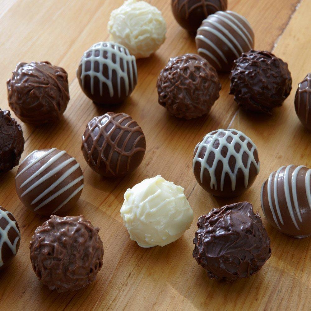Amazon.com : Lindt LINDOR Assorted Chocolate Gourmet Truffles ...