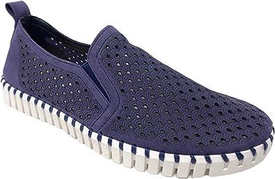 Tulip 140 Slip-on Fashion Sneaker