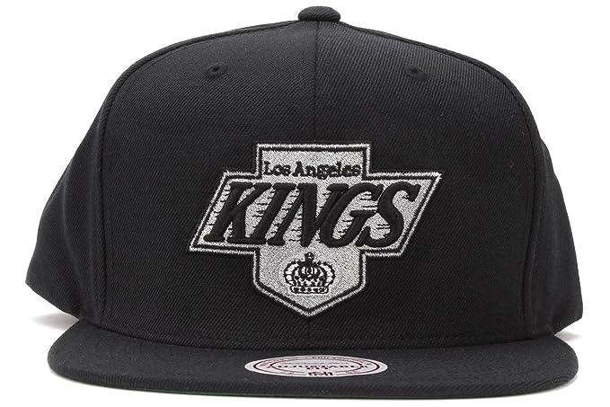 c16a555a51c Amazon.com   Mitchell   Ness Men s The Los Angeles Kings Logo Snapback Hat  One Size Black   Sports Fan Baseball Caps   Sports   Outdoors