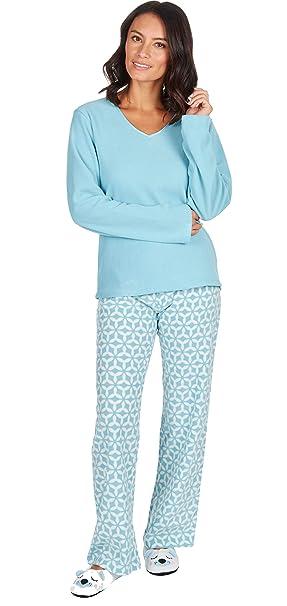 e25f7d3c76 INSIGNIA Ladies 3 PCE Fleece Pyjamas Sets Loungewear with Slippers  Amazon. co.uk  Clothing