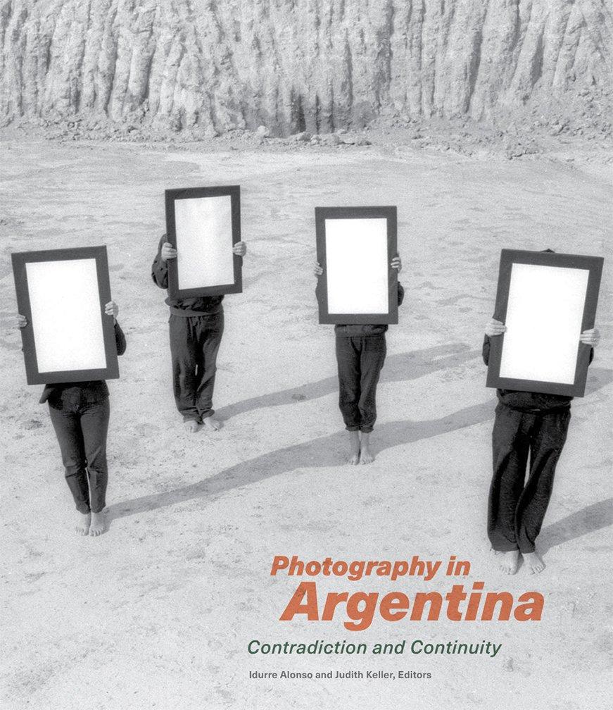 Alonso, I: Photography in Argentina - Contradiction and Cont: Amazon.es: Alonso, Idurre, Keller, Judith: Libros en idiomas extranjeros