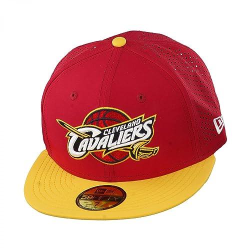 8a8ada175cd5f New Era - NBA Gorra Sports Perf Cleveland Cavs New Era - Talla  7  Amazon.es   Zapatos y complementos
