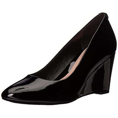 Taryn Rose Women's Ysabella Soft Patent Pump: Shoes