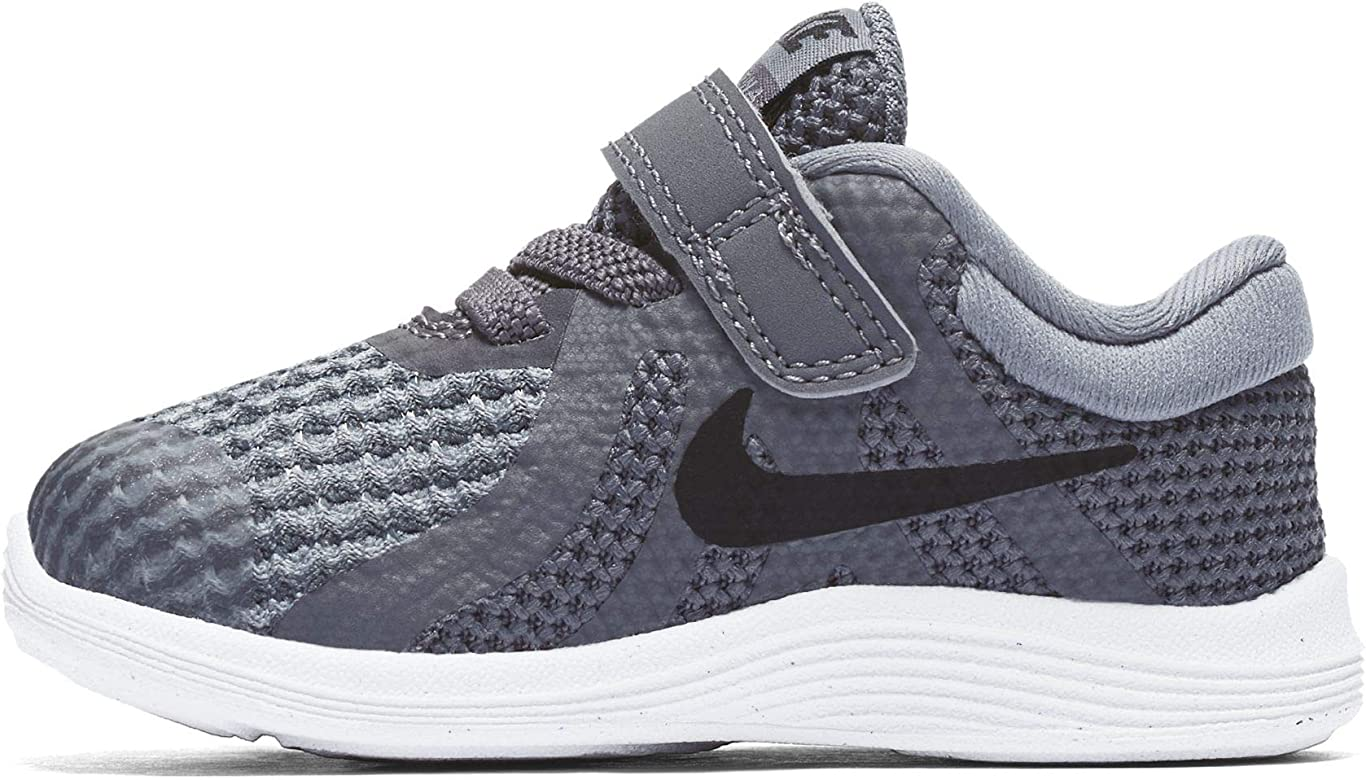 a198317eea4 Nike Boys  Revolution 4 (TDV) Running Shoe