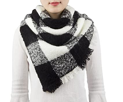 9fd9a73129fd5 Amazon.com: Women's Blanket Plaid Scarf, Fashion Tassels Scarf Shawl ...