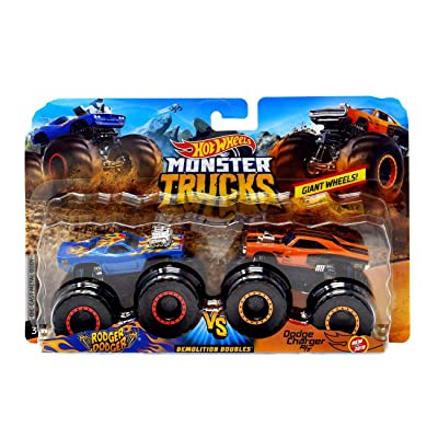 Hot Wheels Monster Trucks Demolition Doubles Giant Wheels Rodger Dodger Vs Dodge Charger R/T: Toys & Games