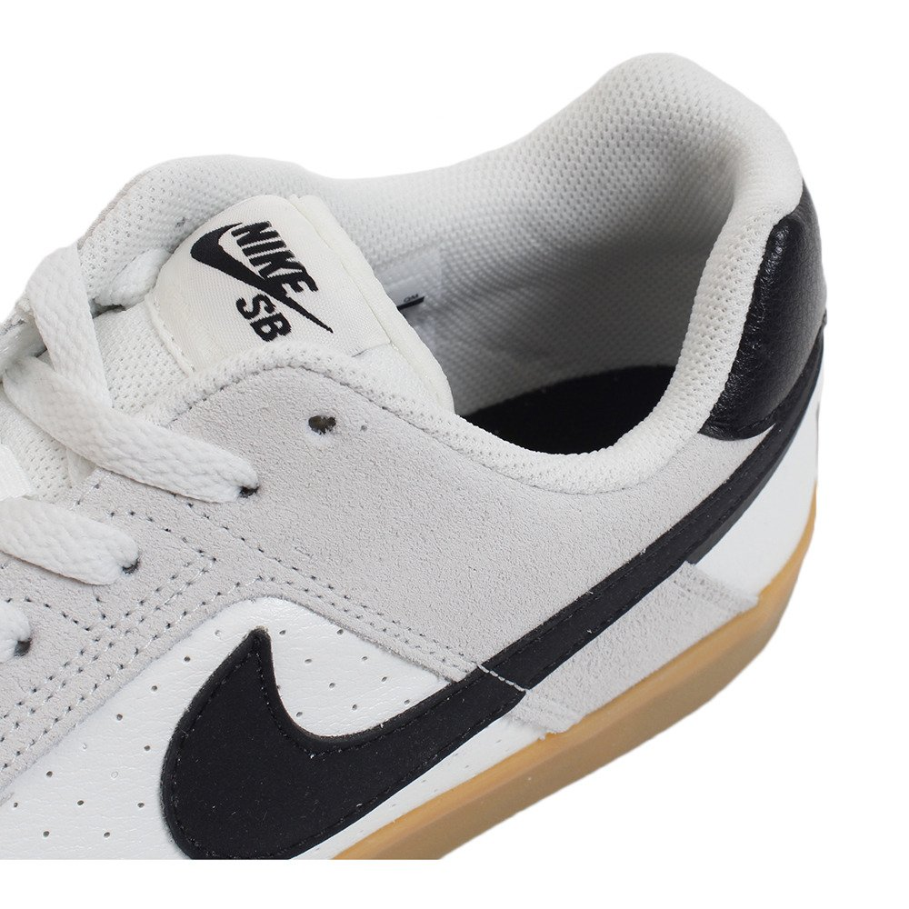Amazon.com | Nike SB Delta Force Vulc Shoes Summit-White/Black-Gum 8 | Skateboarding