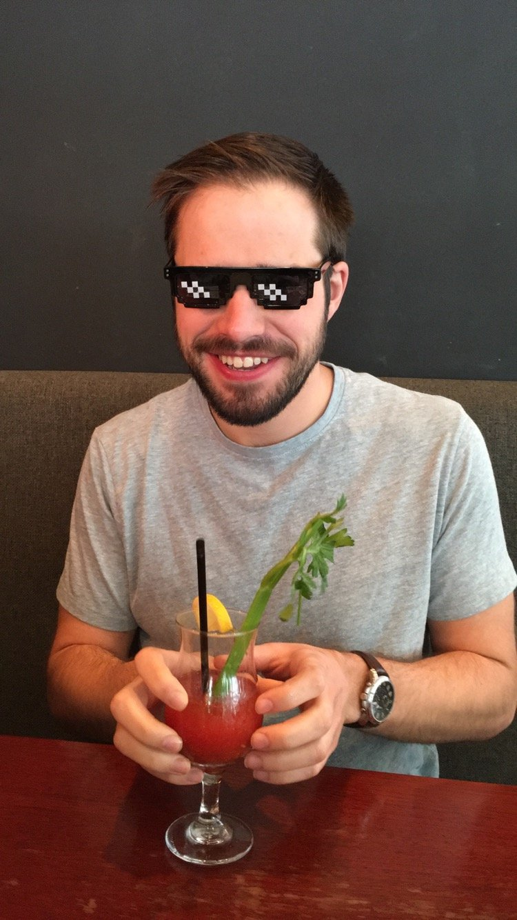 Swag sunglasses - 16 Nerdy gifts to surprise him - TodayWeDate.com
