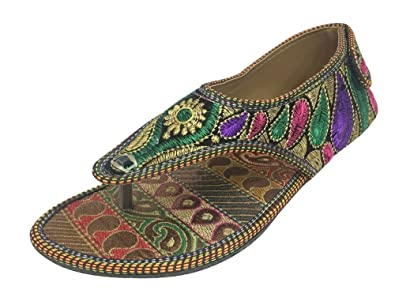 f8a2f4d02 Step n Style Women Ethnic Flip Flops Beaded Sandals Flat Sandals  Traditional Slipon  Amazon.co.uk  Shoes   Bags